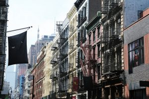 Apartments in New York City - Make sure to have the ultimate guide for finding an apartment in Manhattan by your side when planning to live here.